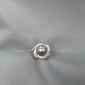 Gorgeous Faux Black Pearl & CZ Costume Ring